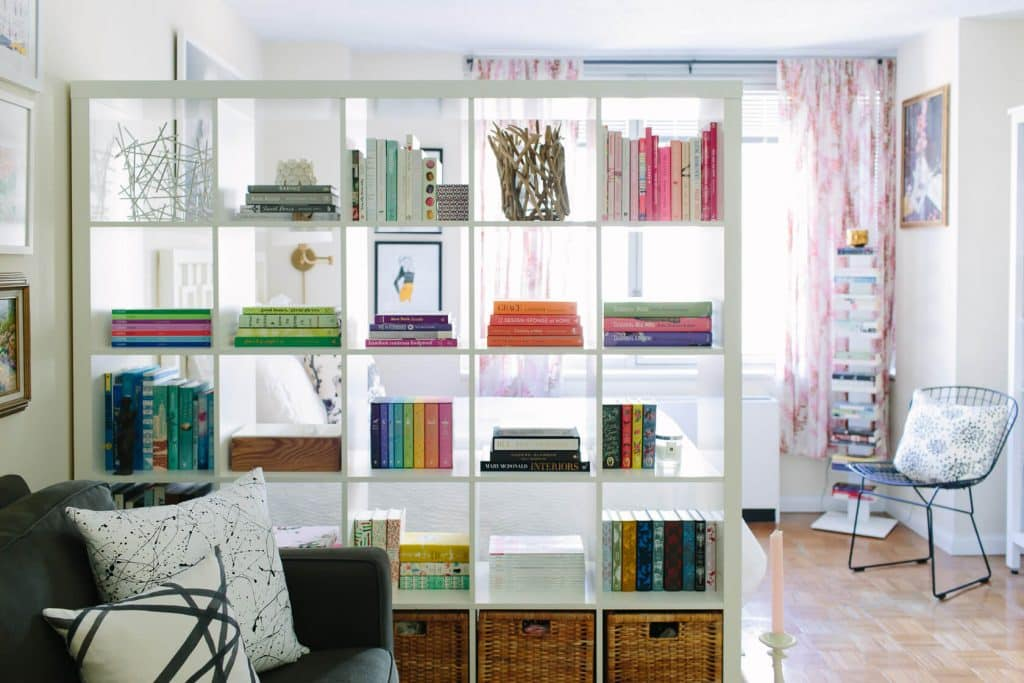 bookshelf room partition